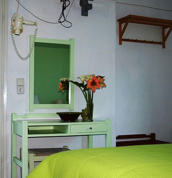 ikion-room2